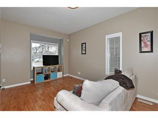Photo 5: 5701 111 TARAWOOD Lane NE in Calgary: Taradale House for sale : MLS®# C4110384