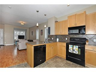 Photo 7: 5701 111 TARAWOOD Lane NE in Calgary: Taradale House for sale : MLS®# C4110384