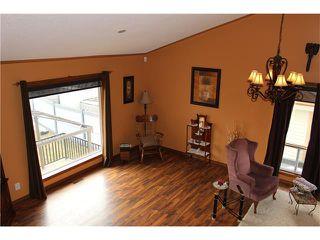 Photo 12: 88 MCKENNA Way SE in Calgary: McKenzie Lake House for sale : MLS®# C4110663
