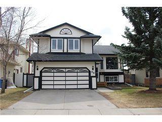 Photo 1: 88 MCKENNA Way SE in Calgary: McKenzie Lake House for sale : MLS®# C4110663