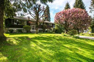 Photo 3: 620 PORTER Street in Coquitlam: Central Coquitlam House for sale : MLS®# R2164507