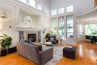 Photo 3: 3269 CHARTWELL 221 in Coquitlam: Westwood Plateau House for sale : MLS®# R2170182