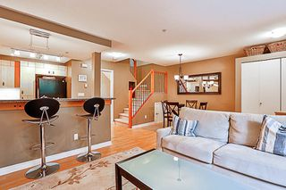 "Photo 5: 33 7488 SOUTHWYNDE Avenue in Burnaby: South Slope Townhouse for sale in ""LEDGESTONE 1"" (Burnaby South)  : MLS®# R2176446"