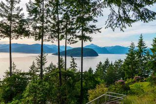Photo 2: 8579 ANSELL Place in West Vancouver: Howe Sound House for sale : MLS®# R2176712