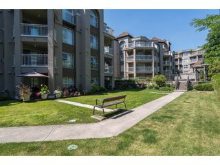 "Photo 19: 111 519 TWELFTH Street in New Westminster: Uptown NW Condo for sale in ""KINGSGATE"" : MLS®# R2189199"