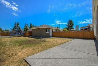 Photo 19: 6626 BRANTFORD Avenue in Burnaby: Upper Deer Lake House 1/2 Duplex for sale (Burnaby South)  : MLS®# R2191081