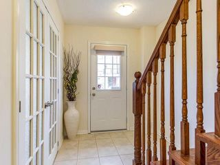 Photo 2: 27 Baycliffe Crescent in Brampton: Northwest Brampton House (3-Storey) for sale : MLS®# W3886724