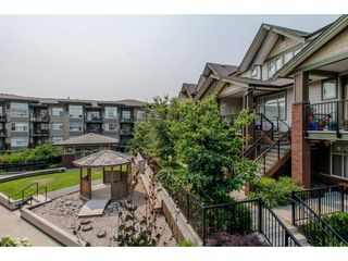"""Photo 19: 206 6655 192ND Street in Surrey: Clayton Townhouse for sale in """"ONE92"""" (Cloverdale)  : MLS®# R2194272"""