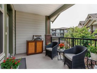 "Photo 2: 206 6655 192ND Street in Surrey: Clayton Townhouse for sale in ""ONE92"" (Cloverdale)  : MLS®# R2194272"