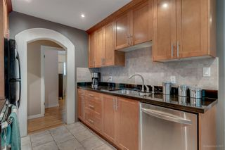 Photo 4: 949 RAYMOND Avenue in Port Coquitlam: Lincoln Park PQ House for sale : MLS®# R2194500