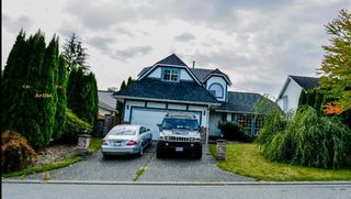 Photo 1: 30830 CARDINAL Avenue in Abbotsford: Abbotsford West House for sale : MLS®# R2216181