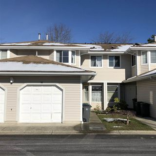 "Photo 2: 54 10038 155 Street in Surrey: Guildford Townhouse for sale in ""SPRING MEADOWS"" (North Surrey)  : MLS®# R2240810"