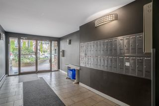 """Photo 4: 308 2330 MAPLE Street in Vancouver: Kitsilano Condo for sale in """"Maple Gardens"""" (Vancouver West)  : MLS®# R2248954"""