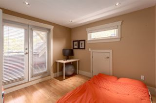 """Photo 15: 1834 E 6TH Avenue in Vancouver: Grandview VE House 1/2 Duplex for sale in """"COMMERCIAL DRIVE"""" (Vancouver East)  : MLS®# R2260819"""