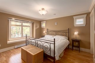 """Photo 10: 1834 E 6TH Avenue in Vancouver: Grandview VE House 1/2 Duplex for sale in """"COMMERCIAL DRIVE"""" (Vancouver East)  : MLS®# R2260819"""