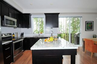 "Photo 8: 122 1480 SOUTHVIEW Street in Coquitlam: Burke Mountain Townhouse for sale in ""CEDAR CREEK NORTH"" : MLS®# R2262890"