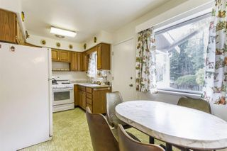 Photo 9: 698 DANVILLE Court in Coquitlam: Central Coquitlam House for sale : MLS®# R2268051