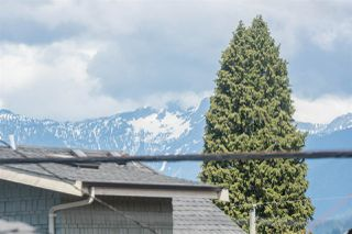 Photo 11: 3553 TRIUMPH Street in Vancouver: Hastings East House for sale (Vancouver East)  : MLS®# R2273868