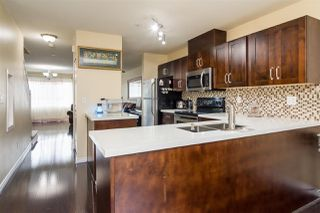 Photo 3: 10 8814 216 Street in Langley: Walnut Grove Townhouse for sale : MLS®# R2274436