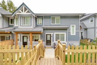 "Main Photo: 17 22810 113 Avenue in Maple Ridge: East Central Townhouse for sale in ""RUXTON VILLAGE"" : MLS®# R2275832"