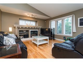 """Photo 3: 1 20292 96 Avenue in Langley: Walnut Grove House for sale in """"Brookwynd"""" : MLS®# R2282427"""