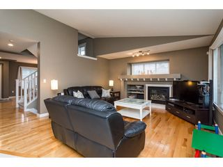 """Photo 4: 1 20292 96 Avenue in Langley: Walnut Grove House for sale in """"Brookwynd"""" : MLS®# R2282427"""