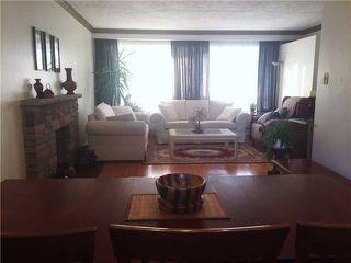 Photo 2: 41 Meadowacres Drive in Toronto: Tam O'Shanter-Sullivan House (Bungalow) for sale (Toronto E05)  : MLS®# E4202792