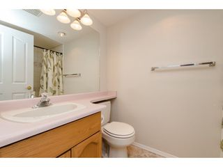 """Photo 16: 112 33401 MAYFAIR Avenue in Abbotsford: Central Abbotsford Condo for sale in """"Mayfair Gardens"""" : MLS®# R2307730"""
