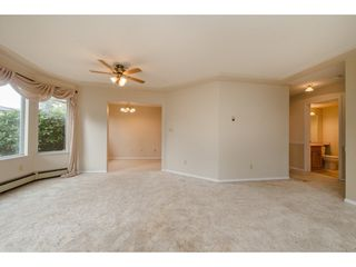 """Photo 5: 112 33401 MAYFAIR Avenue in Abbotsford: Central Abbotsford Condo for sale in """"Mayfair Gardens"""" : MLS®# R2307730"""