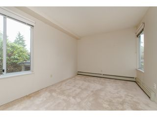 """Photo 14: 112 33401 MAYFAIR Avenue in Abbotsford: Central Abbotsford Condo for sale in """"Mayfair Gardens"""" : MLS®# R2307730"""