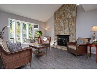 Photo 4: 11732 ALDERWOOD Crescent in Delta: Sunshine Hills Woods House for sale (N. Delta)  : MLS®# R2314714