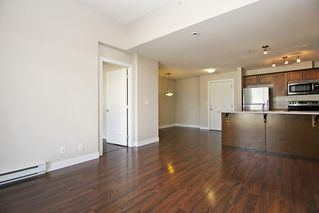 "Photo 8: 412 46150 BOLE Avenue in Chilliwack: Chilliwack N Yale-Well Condo for sale in ""THE NEWMARK"" : MLS®# R2321393"