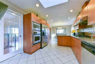 Photo 15: 8620 DEMOREST Drive in Richmond: Saunders House for sale : MLS®# R2326577