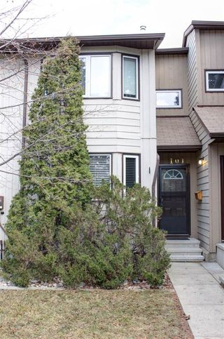 Photo 1: 101 10787 31 Avenue in Edmonton: Zone 16 Townhouse for sale : MLS®# E4144023