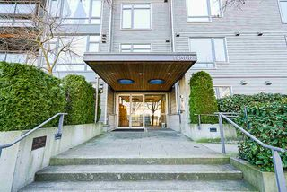 "Photo 2: 201 14300 RIVERPORT Way in Richmond: East Richmond Condo for sale in ""Waterstone Pier"" : MLS®# R2349944"