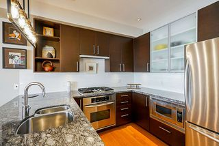 "Photo 5: 201 14300 RIVERPORT Way in Richmond: East Richmond Condo for sale in ""Waterstone Pier"" : MLS®# R2349944"