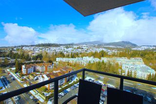"Photo 10: 1703 2982 BURLINGTON Drive in Coquitlam: North Coquitlam Condo for sale in ""EDGEMONT"" : MLS®# R2353251"