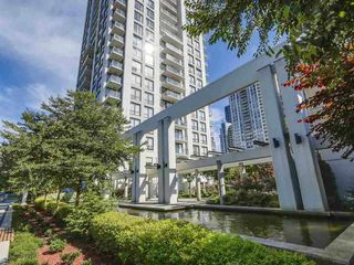 "Photo 1: 1703 2982 BURLINGTON Drive in Coquitlam: North Coquitlam Condo for sale in ""EDGEMONT"" : MLS®# R2353251"