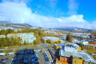 "Photo 15: 1703 2982 BURLINGTON Drive in Coquitlam: North Coquitlam Condo for sale in ""EDGEMONT"" : MLS®# R2353251"