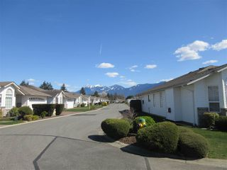 "Photo 2: 32 9102 HAZEL Street in Chilliwack: Chilliwack E Young-Yale House for sale in ""THE HORIZON"" : MLS®# R2356831"