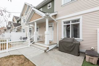 Photo 2: 157 1804 70 Street in Edmonton: Zone 53 Townhouse for sale : MLS®# E4151950