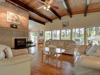 Main Photo: 2759 Vantilburg Crescent in VICTORIA: La Fairway Single Family Detached for sale (Langford)  : MLS®# 410258