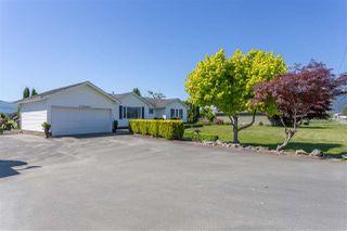 Photo 2: 42148 KEITH WILSON Road in Sardis - Greendale: Greendale Chilliwack House for sale (Sardis)  : MLS®# R2370245
