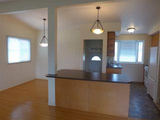 Photo 2: 8328 166 Street in Edmonton: Zone 22 House for sale : MLS®# E4157642