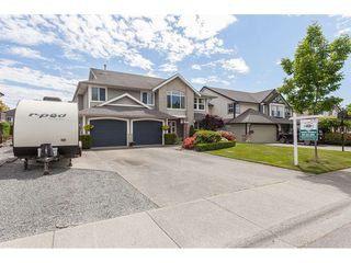 Photo 2: 21526 50 Avenue in Langley: Murrayville House for sale : MLS®# R2372598