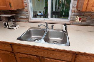 Photo 11: 23426 Dewdney Trunk Road in Maple Ridge: Home for sale : MLS®# V902328