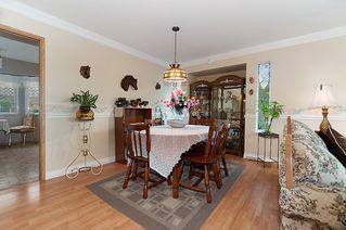 Photo 7: 23426 Dewdney Trunk Road in Maple Ridge: Home for sale : MLS®# V902328
