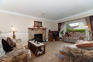 Photo 5: 23426 Dewdney Trunk Road in Maple Ridge: Home for sale : MLS®# V902328
