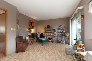 Photo 16: 23426 Dewdney Trunk Road in Maple Ridge: Home for sale : MLS®# V902328