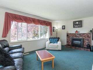 "Photo 2: 9179 118A Street in Delta: Annieville House for sale in ""Fernway/ Fircrest"" (N. Delta)  : MLS®# R2376378"